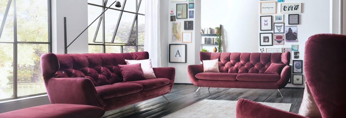Een romantische woonkamer met loveseat | Meubelen Heylen