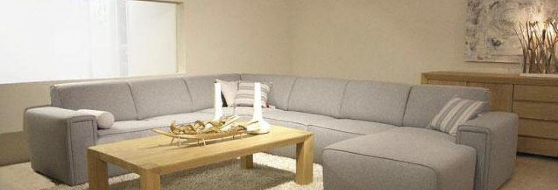 Een interieur met neutrale kleuren meubelen heylen - Kleuren salon ...