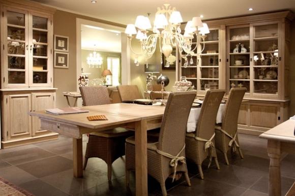 Salle manger cynthia meubelen heylen for Interieur plus peer